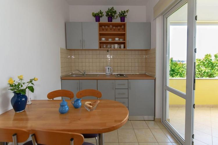 Holiday homeCroatia - Northern Dalmatia: Apartman A21  [2]
