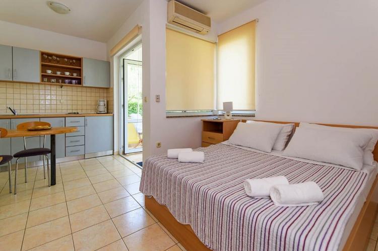 Holiday homeCroatia - Northern Dalmatia: Apartman A21  [3]