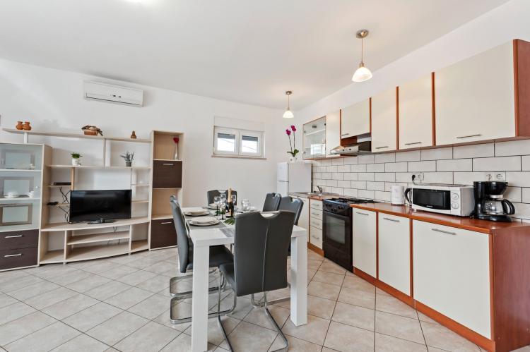 Holiday homeCroatia - Northern Dalmatia: Apartment Nikoleto  [6]