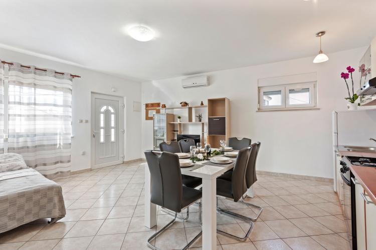 Holiday homeCroatia - Northern Dalmatia: Apartment Nikoleto  [8]