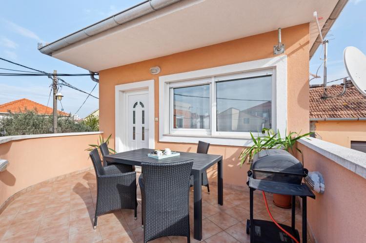 Holiday homeCroatia - Northern Dalmatia: Apartment Nikoleto  [1]