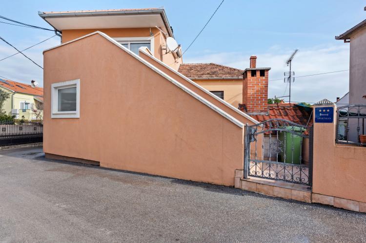Holiday homeCroatia - Northern Dalmatia: Apartment Nikoleto  [2]