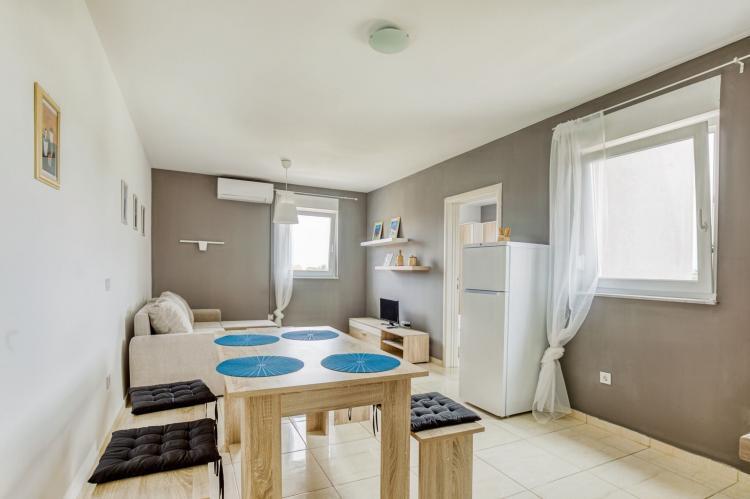 Holiday homeCroatia - Kvarner: Apartments Sun-Mauro V  [1]