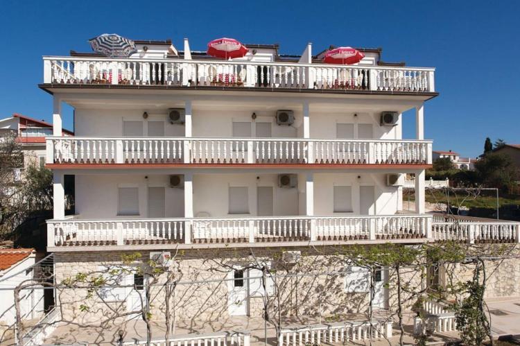 Holiday homeCroatia - Central Dalmatia: Apartment 8 Okrug Gornji  [1]