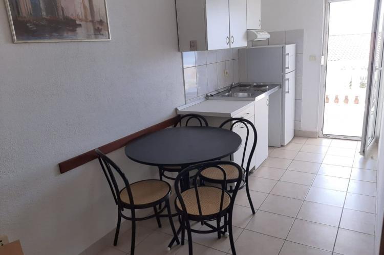 Holiday homeCroatia - Central Dalmatia: Apartment 8 Okrug Gornji  [9]