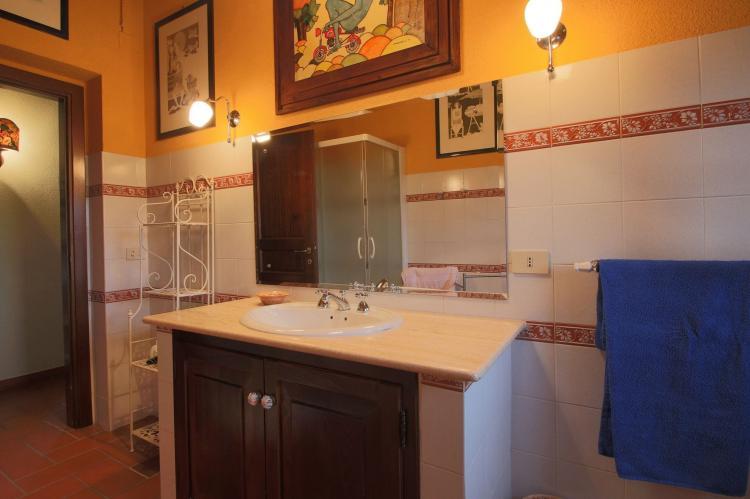 Holiday homeItaly - Umbria/Marche: Villa La Palazzeta  [23]