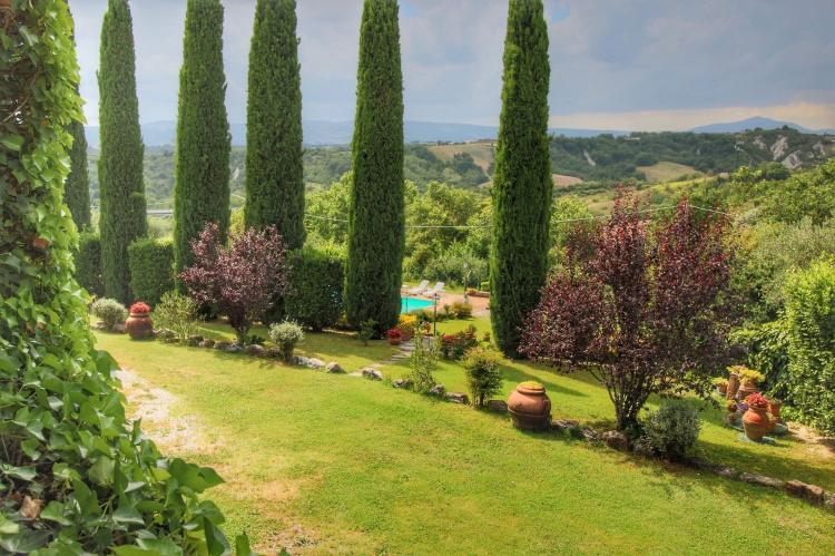 Holiday homeItaly - Umbria/Marche: Villa La Palazzeta  [9]
