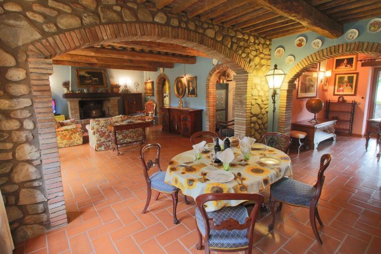Holiday homeItaly - Umbria/Marche: Villa La Palazzeta  [4]