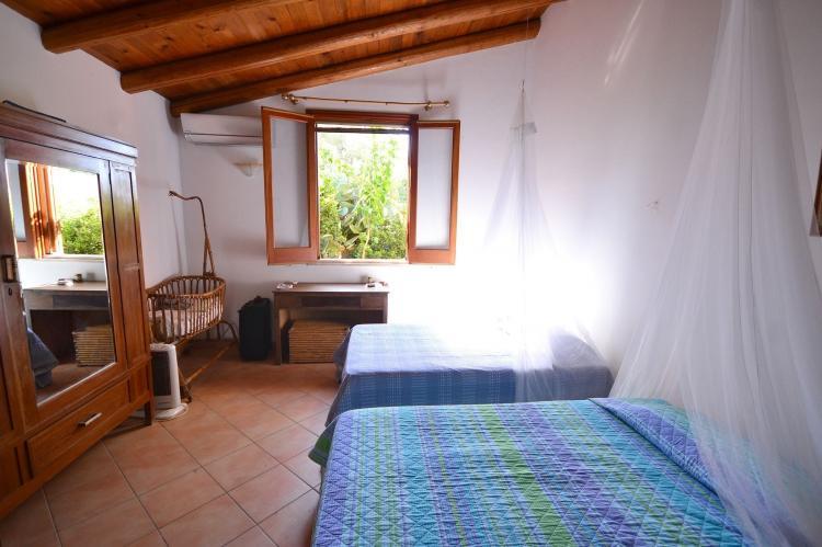 Holiday homeItaly - Sicily: Casa del Carrubo  [14]