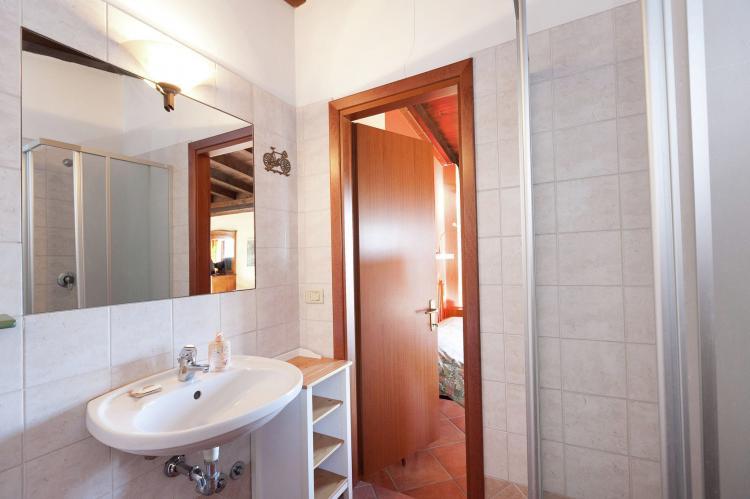 VakantiehuisItalië - Italiaanse Meren: Casa Reale Due  [20]