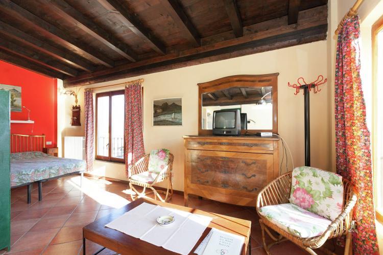 VakantiehuisItalië - Italiaanse Meren: Casa Reale Due  [11]