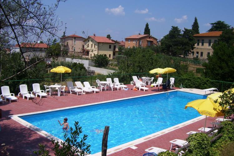 VakantiehuisItalië - Umbrië/Marche: Olivo  [1]