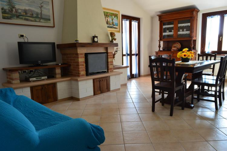 Holiday homeItaly - Umbria/Marche: La Panoramica da Stroppa  [13]