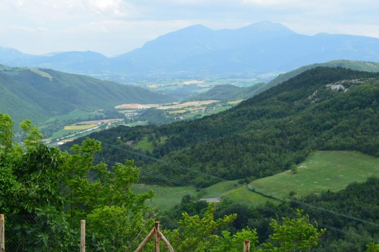 Holiday homeItaly - Umbria/Marche: La Panoramica da Stroppa  [4]