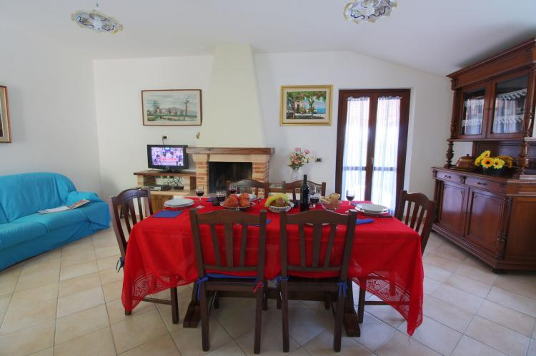 Holiday homeItaly - Umbria/Marche: La Panoramica da Stroppa  [5]