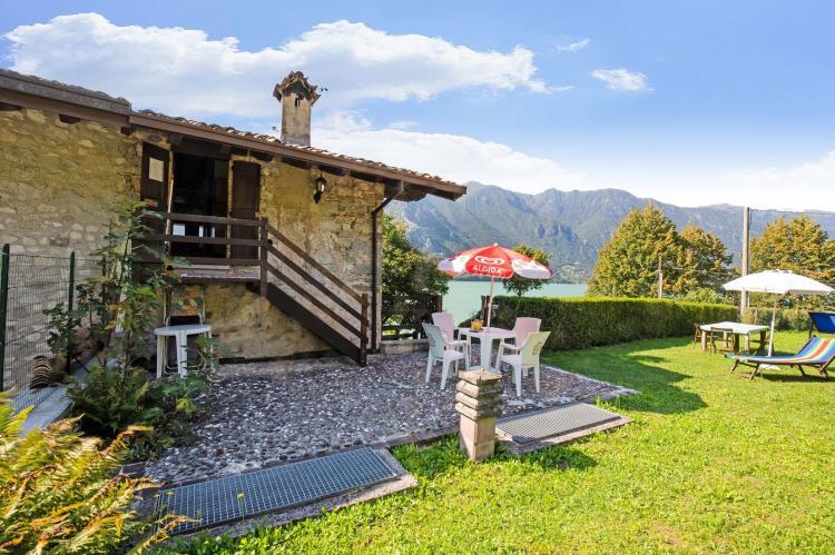 FerienhausItalien - Italienische Seen: Fienile Regoli Due  [7]