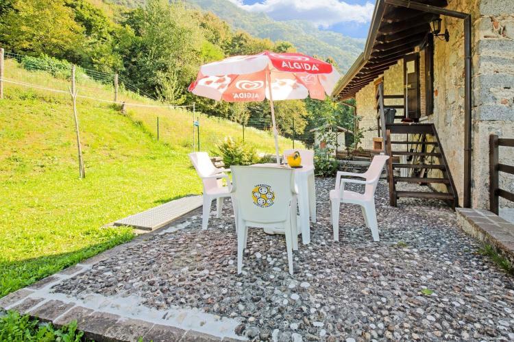 FerienhausItalien - Italienische Seen: Fienile Regoli Due  [14]