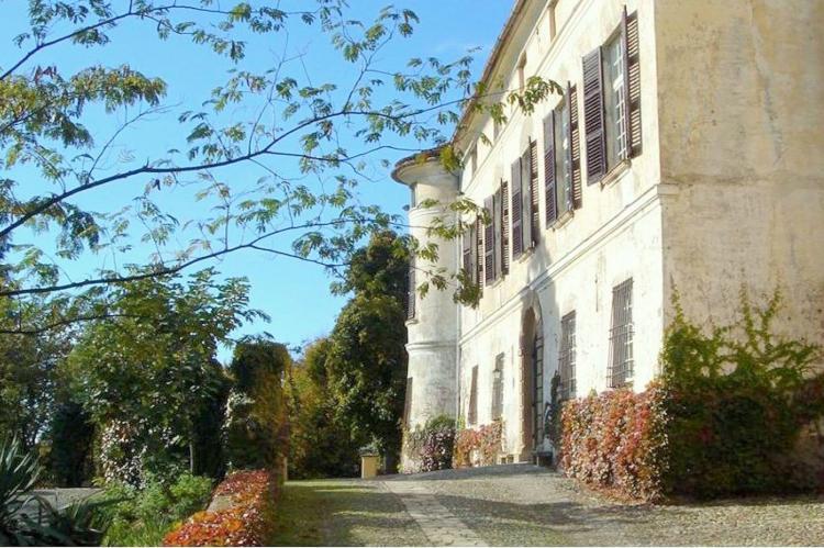 VakantiehuisItalië - Piëmonte: Castello Grimalda - Isnardo  [1]