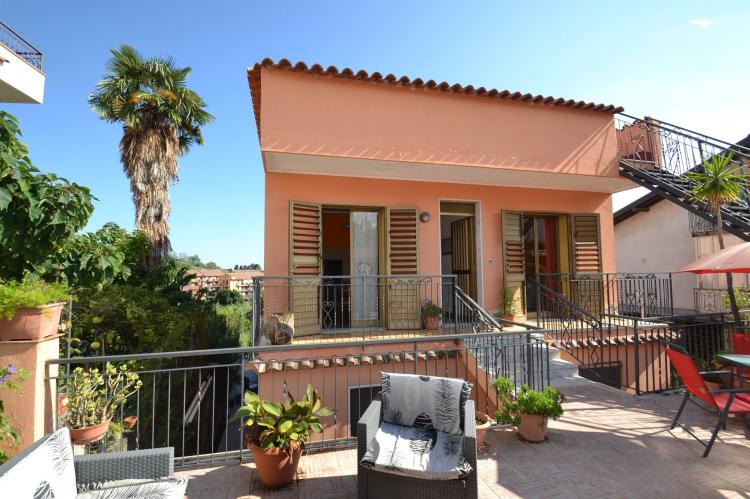 Holiday homeItaly - Sicily: La casa di Marta  [1]