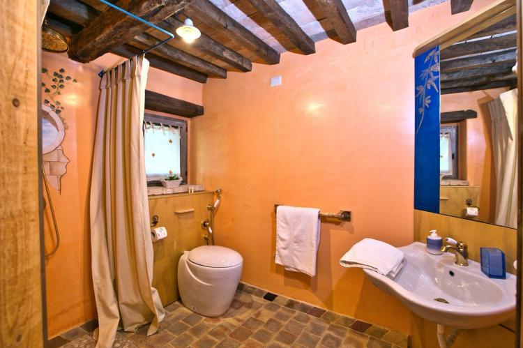 VakantiehuisItalië - Umbrië/Marche: Villa Mezzeria  [31]