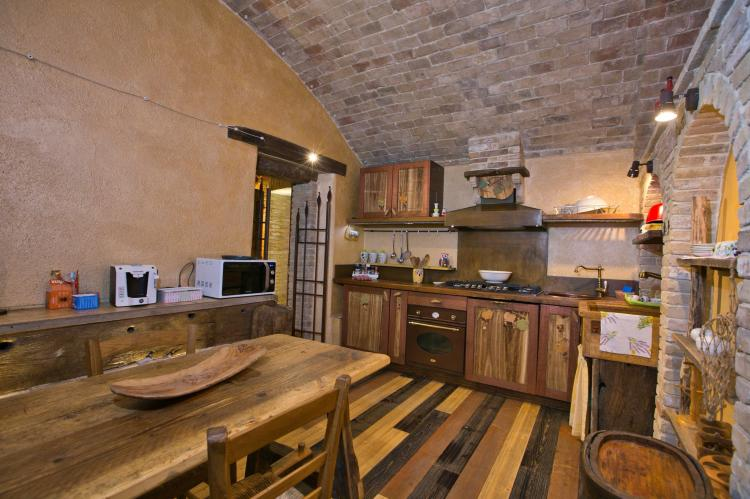 VakantiehuisItalië - Umbrië/Marche: Villa Mezzeria  [5]