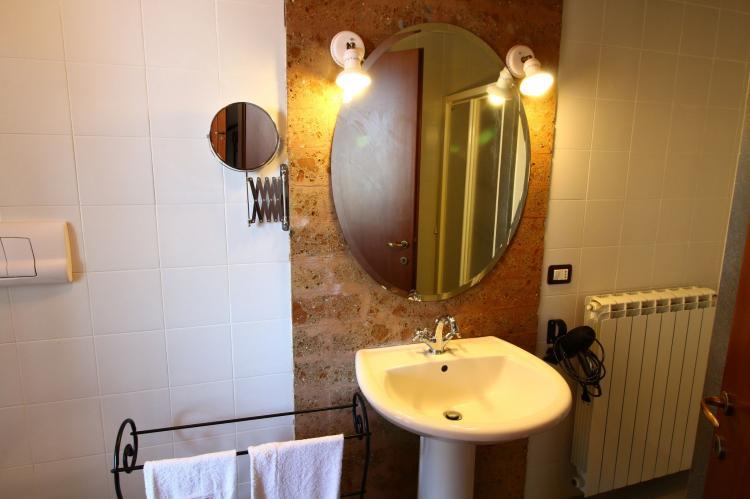 Holiday homeItaly - Lazio/Rome: Casa del Padrone  [21]