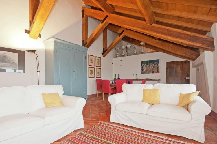 VakantiehuisItalië - Piëmonte: Castello Grimalda - Le Torrette  [3]