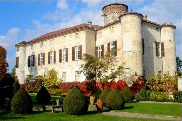 VakantiehuisItalië - Piëmonte: Castello Grimalda - Le Torrette  [2]