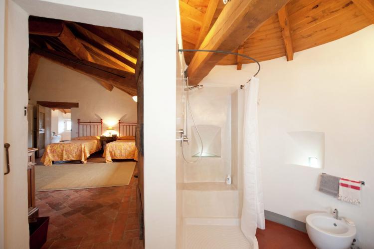 VakantiehuisItalië - Piëmonte: Castello Grimalda - Le Torrette  [21]