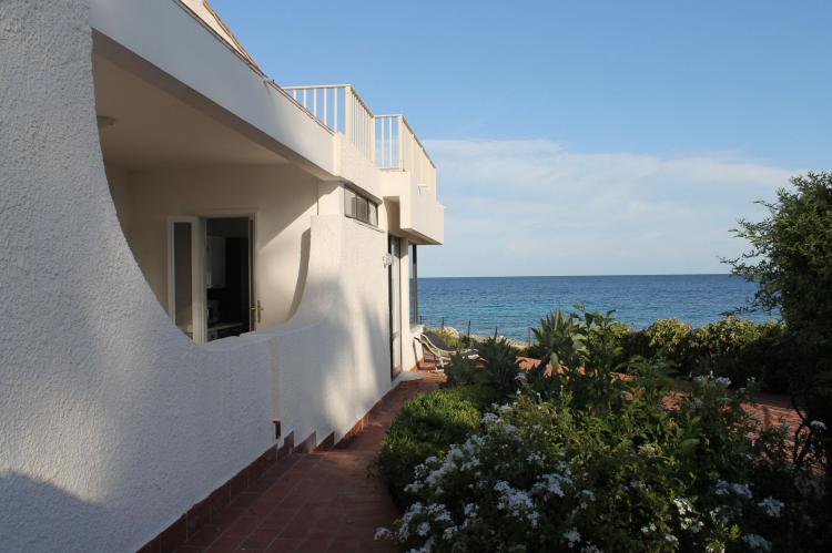 Holiday homeItaly - Sicily: Villa Eirene  [2]