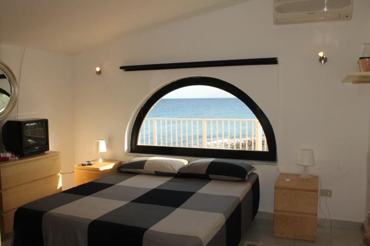 Holiday homeItaly - Sicily: Villa Eirene  [13]