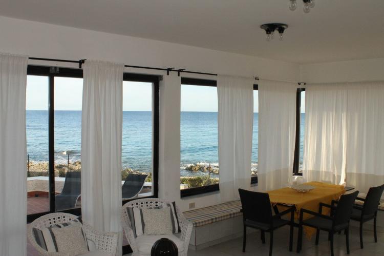 Holiday homeItaly - Sicily: Villa Eirene  [8]