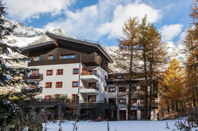 Holiday homeItaly - Valle d'Aosta: Residenza Cervinia 2P  [3]