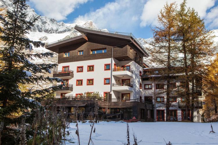 Holiday homeItaly - Valle d'Aosta: Residenza Cervinia 2P  [4]