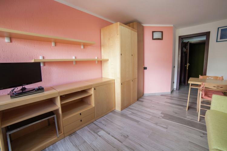 Holiday homeItaly - Valle d'Aosta: Residenza Cervinia 2P  [13]