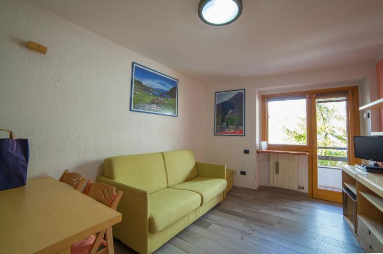 Holiday homeItaly - Valle d'Aosta: Residenza Cervinia 2P  [11]