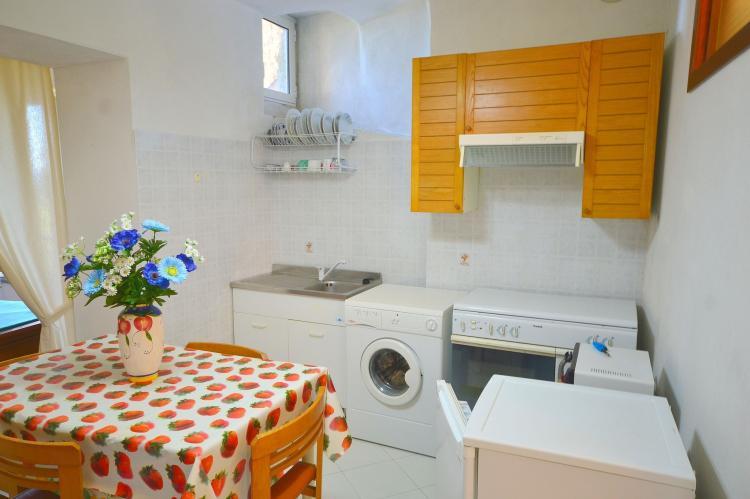 Holiday homeItaly - Liguria: Rio Due  [4]