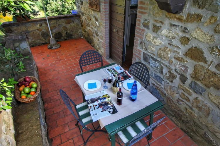 Holiday homeItaly - Umbria/Marche: Club House  [24]