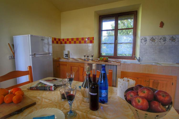 Holiday homeItaly - Umbria/Marche: Club House  [15]