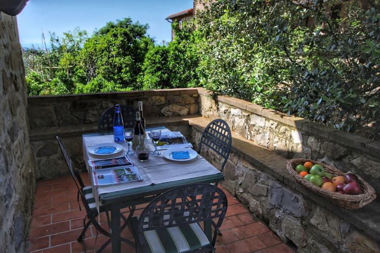 Holiday homeItaly - Umbria/Marche: Club House  [25]