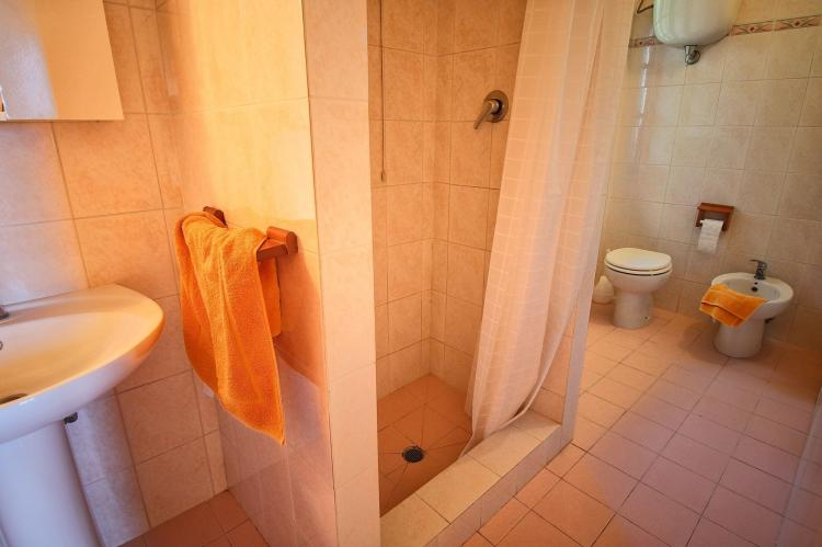Holiday homeItaly - Umbria/Marche: Club House  [23]