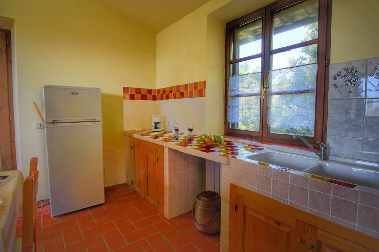 Holiday homeItaly - Umbria/Marche: Club House  [17]