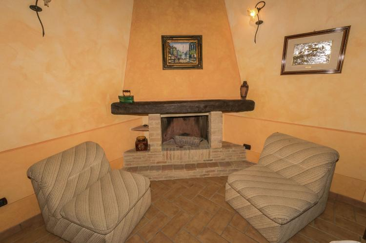 Holiday homeItaly - Umbria/Marche: La Roverella  [28]