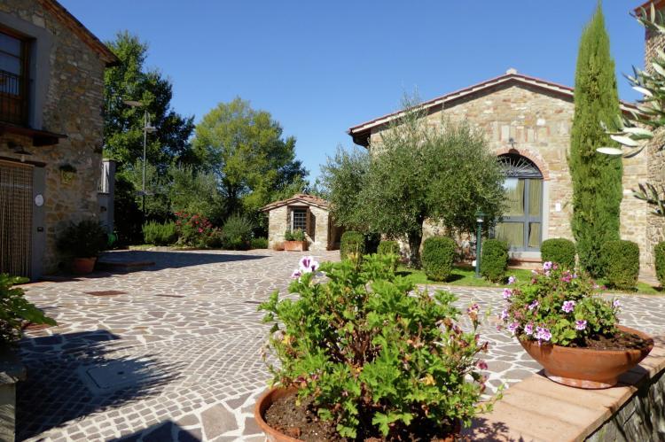 VakantiehuisItalië - Toscane/Elba: Borgo Montecarelli Nocciolo  [2]