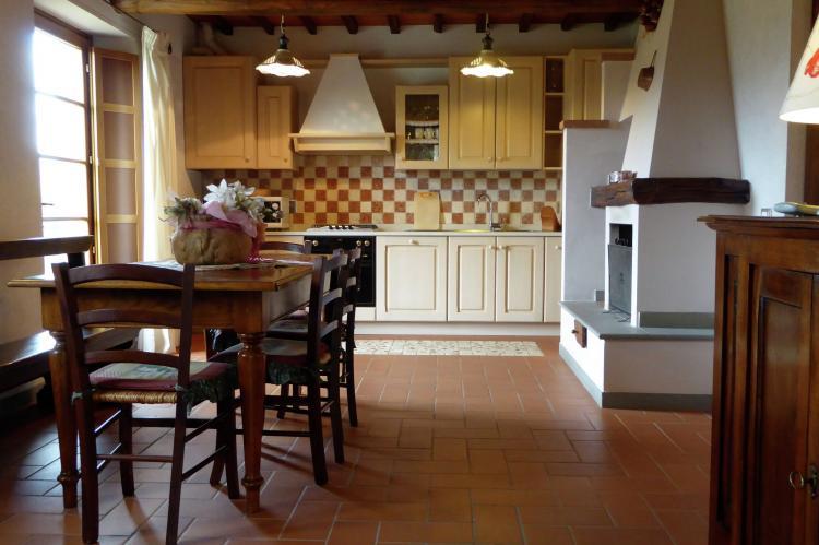 VakantiehuisItalië - Toscane/Elba: Borgo Montecarelli Nocciolo  [9]