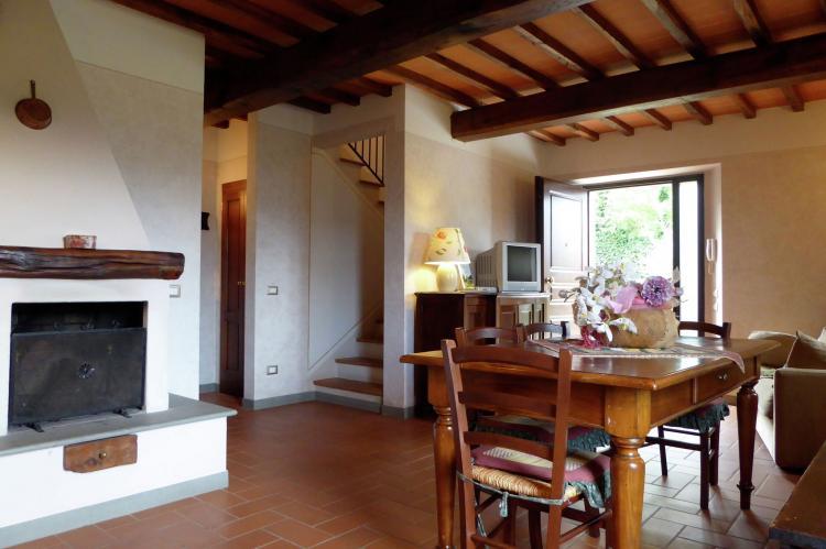 VakantiehuisItalië - Toscane/Elba: Borgo Montecarelli Nocciolo  [8]