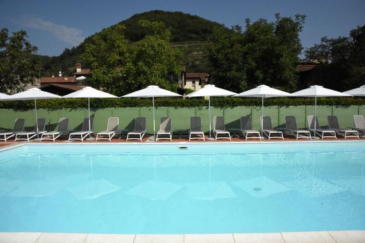 VakantiehuisItalië - Italiaanse Meren: Borgo Franciacorta 16  [5]
