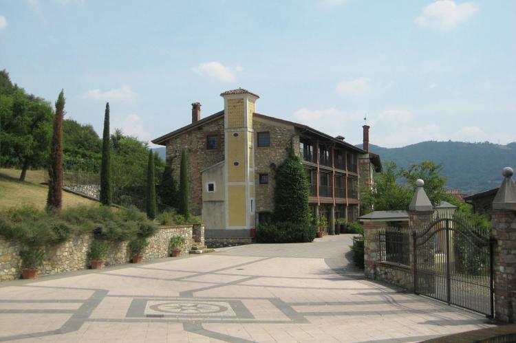 VakantiehuisItalië - Italiaanse Meren: Borgo Franciacorta 3  [2]