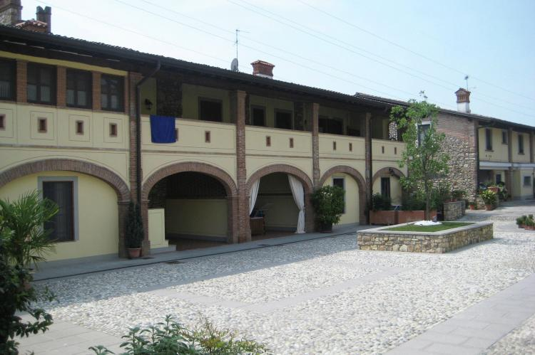 VakantiehuisItalië - Italiaanse Meren: Borgo Franciacorta 3  [4]