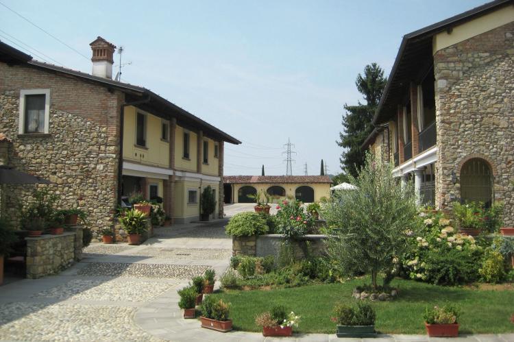 Holiday homeItaly - Lake District: Borgo Franciacorta 5  [1]